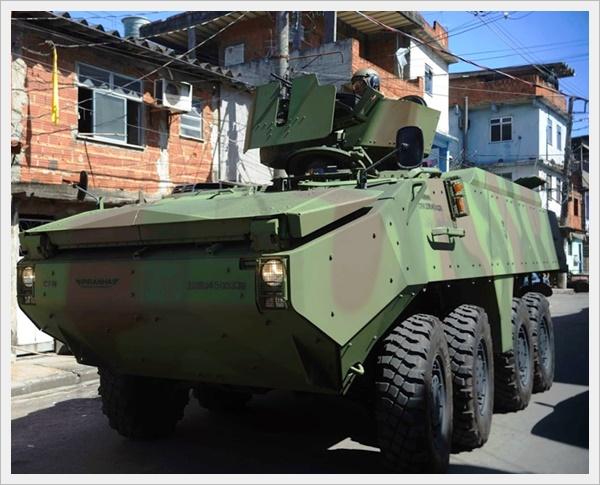 exercito-brasileiro-nas-ruas-do-rio